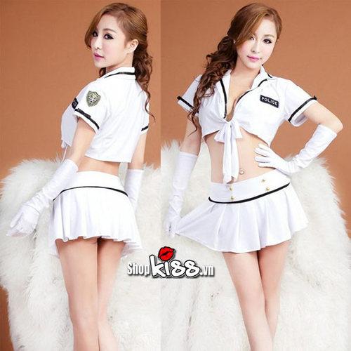 dong-phuc-cosplay-canh-sat-ny35-mau-trang-tai-ha-noi