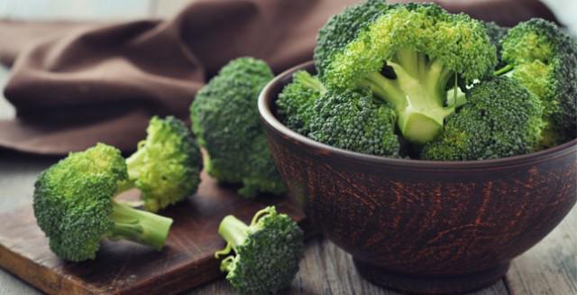 Bông cải xanh chứa rất nhiều vitamin A và C.