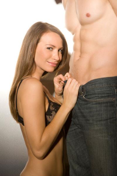 """Kỹ thuật oral Sex cũng là cách làm cho """"cậu nhỏ"""" dẻo dai hơn khi lâm trận"""