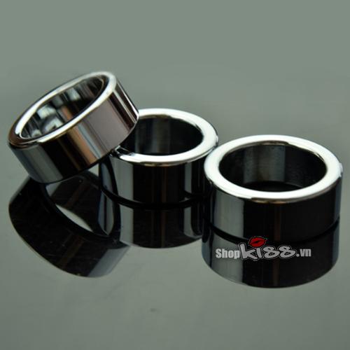 Nhẫn inox đeo dương vật chống xuất tinh sớm DC70N là mẫu vòng đeo cu phổ biến