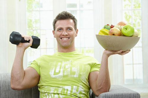 Luyện tập thể dục thể thao và có chế độ dinh dưỡng hợp lý sẽ giúp cải thiện sức khỏe tình dục.