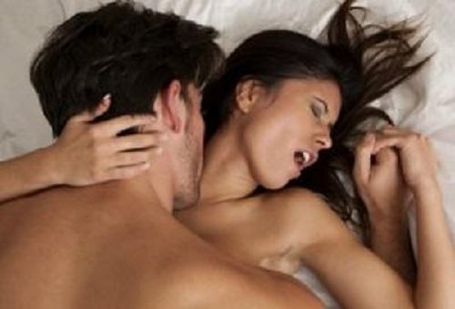 Quan hệ tình dục nhiều khiến nam giới dễ bị nghiện tình dục