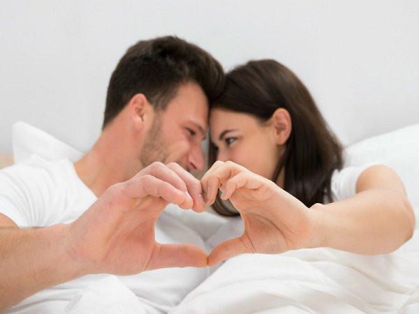Quan hệ tình dục là gì? Lợi ích của nó về đời sống tình dục