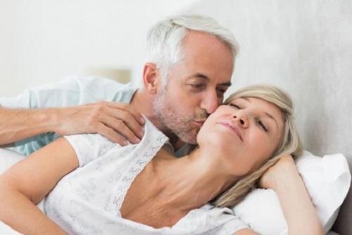 Quan hệ tình dục nhẹ nhàng tốt cho người bệnh tim mạch