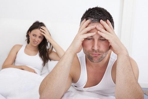 Quan hệ tình dục nhiều gây yếu sinh lý ở nam giới.