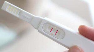 Xách đinh bằng que thử thai.