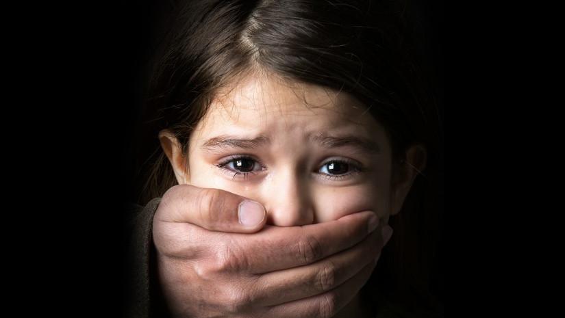 xâm hại tình dục trẻ em là gì và gồm những đối tượng nào