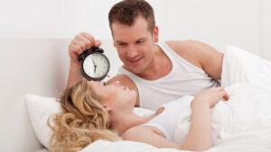 số lần quan hệ theo tuổi như thế nào giúp đời sống tình dục viên mãn
