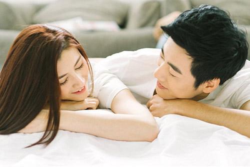 10 cách làm tình cho chàng yêu bạn nhiều hơn và tâm sự sau cuộc vui