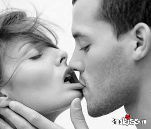 Cách hôn kiểu Pháp điêu luyện
