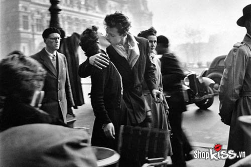 Cách hôn kiểu Pháp say mê nhất