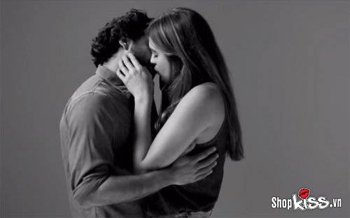 Dạy cách hôn môi lần đầu tuyệt vời nhất