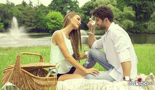 Nhận biết phụ nữ dễ dãi khi hẹn hò
