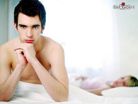 Tại sao đàn ông không thích dùng bao cao su khi làm tình